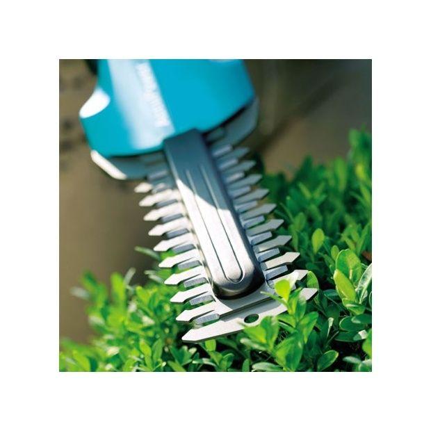 Taille buisson sur accu 75 gardena carton gamm vert for Buisson synthetique
