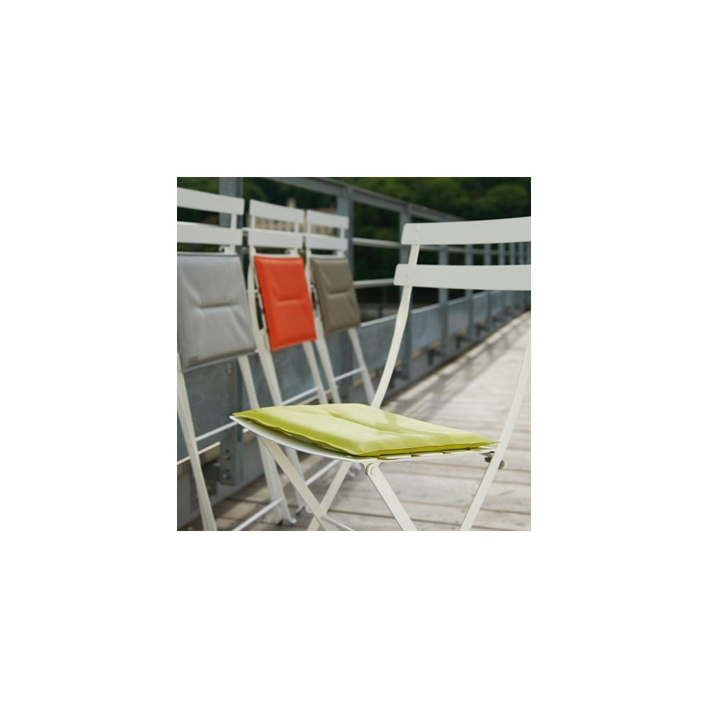 Chaise bistro fermob finest table bistro jardin awesome - Chaise bistro fermob soldes ...