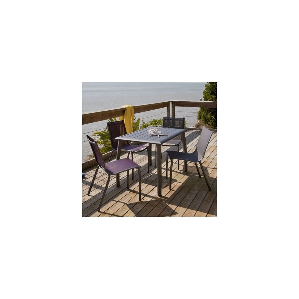 Salon de jardin table azuro 110 cm gris anthracite 2 for Salon de jardin gris anthracite