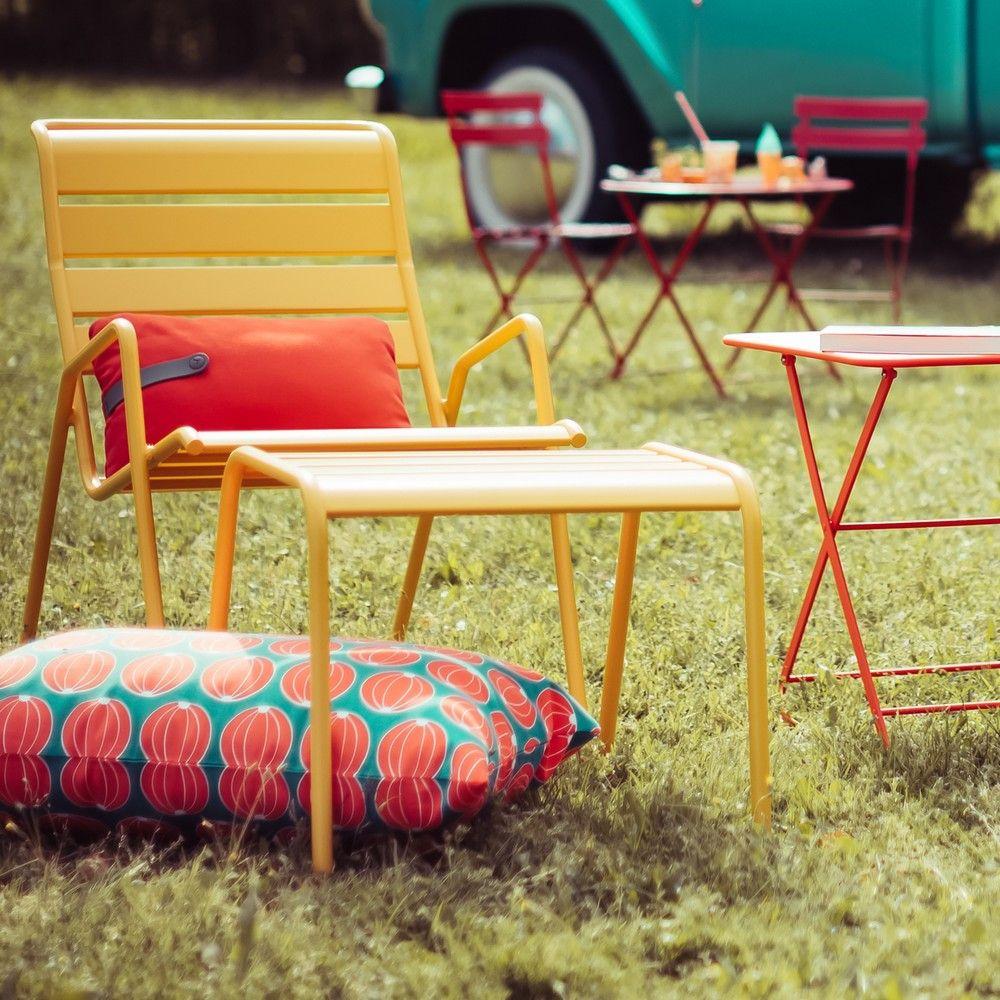 fauteuil bas fermob monceau acier miel 93 x 55 5 x 78 5 cm gamm vert. Black Bedroom Furniture Sets. Home Design Ideas