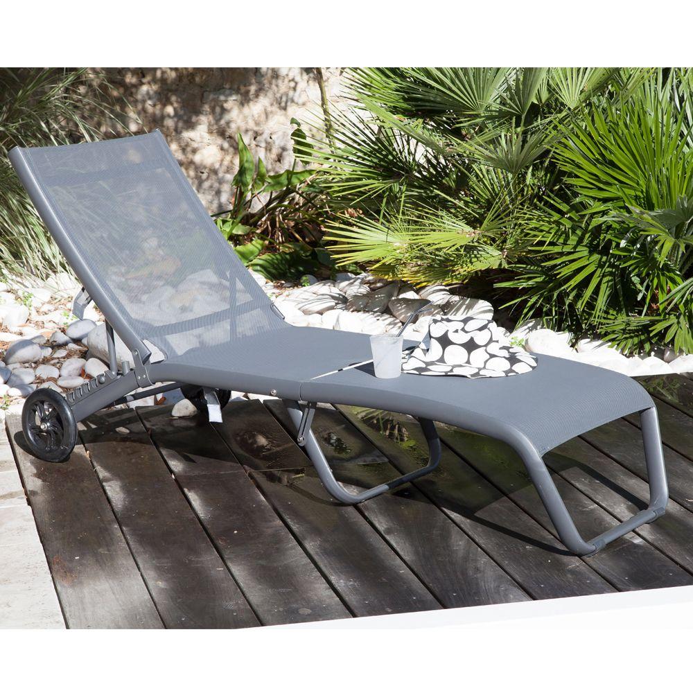 traitement du rosier jaime. Black Bedroom Furniture Sets. Home Design Ideas