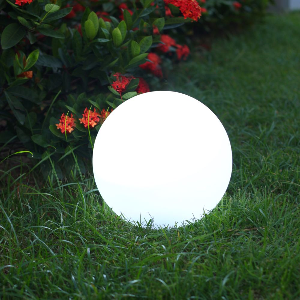 boule lumineuse solaire lumisky solsty c30 multicolore l 31x p 31x h 31 cm gamm vert. Black Bedroom Furniture Sets. Home Design Ideas