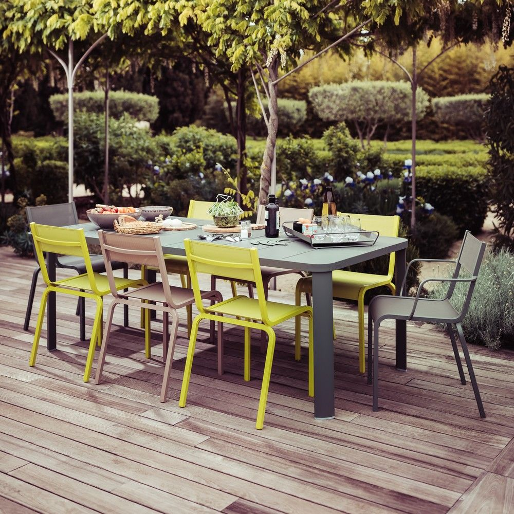 salon de jardin fermob ol ron table 6 chaises 2 fauteuils gamm vert. Black Bedroom Furniture Sets. Home Design Ideas