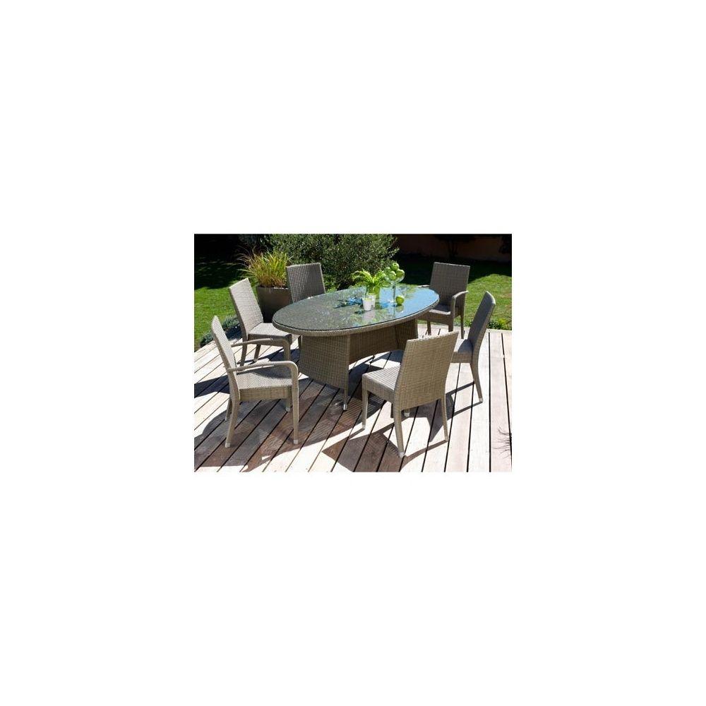 Salon de jardin en résine tressée: 4 chaises Freiburg + 2 fauteuils  Freiburg + 1 table Belfort