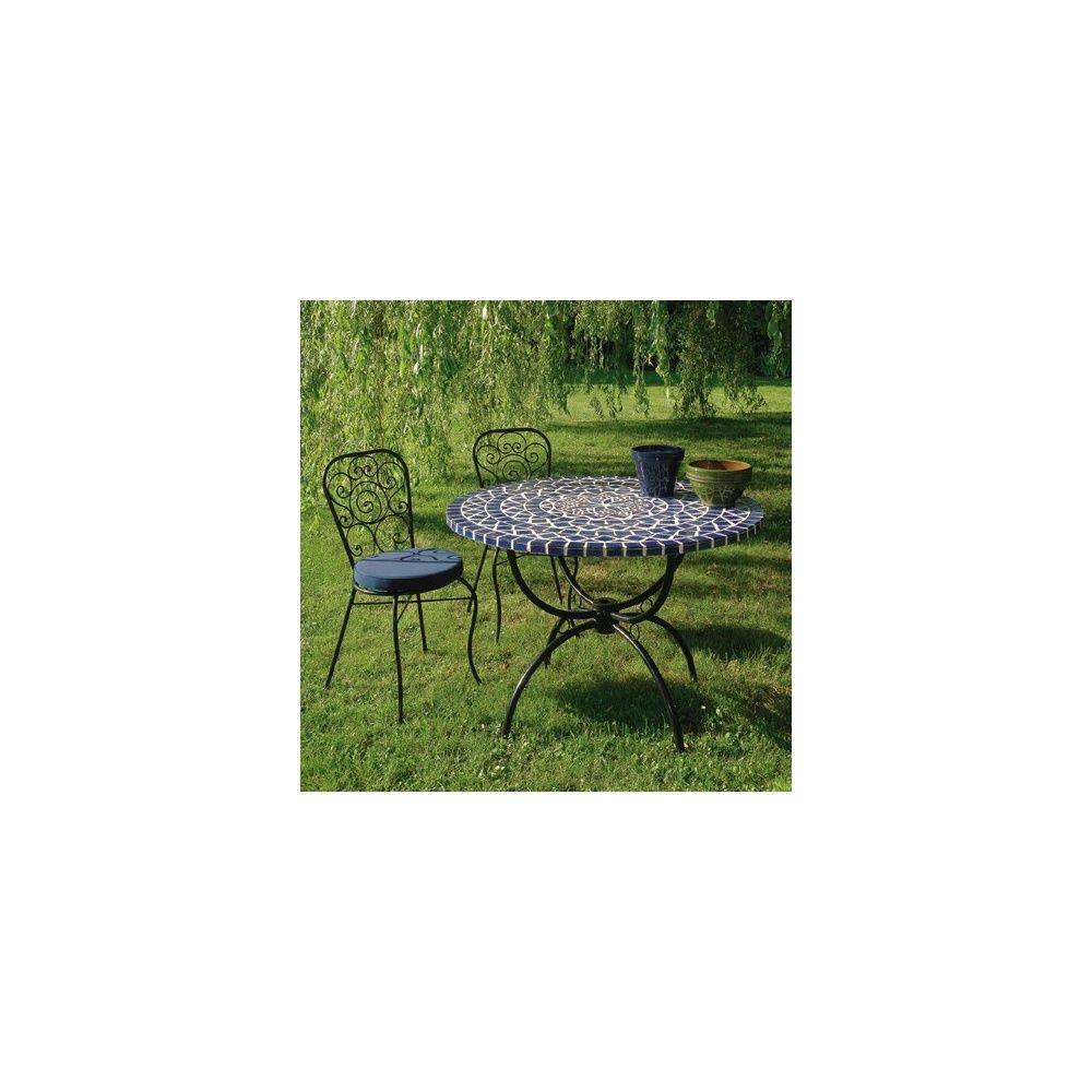 Salon : table ronde à mosaique Ø 110 cm + 4 chaises en fer forgé ...