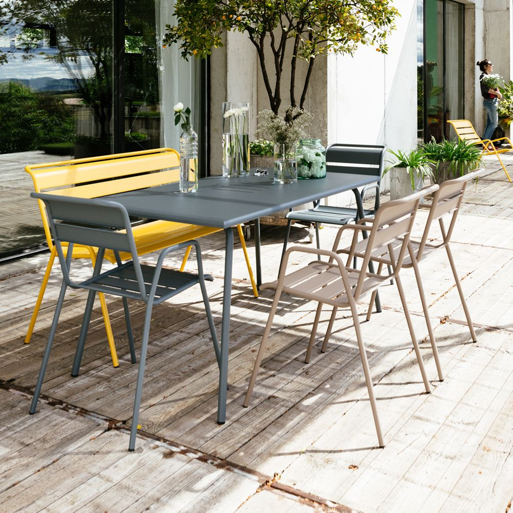Salon de jardin Fermob Monceau : Table l146 L80cm + 4 chaises + 1 ...