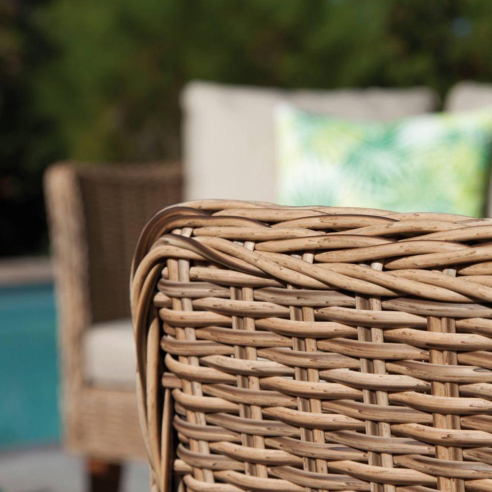 Salon de jardin bas Avani résine tressée : 2 fauteuils + 1 canapé + 1 table
