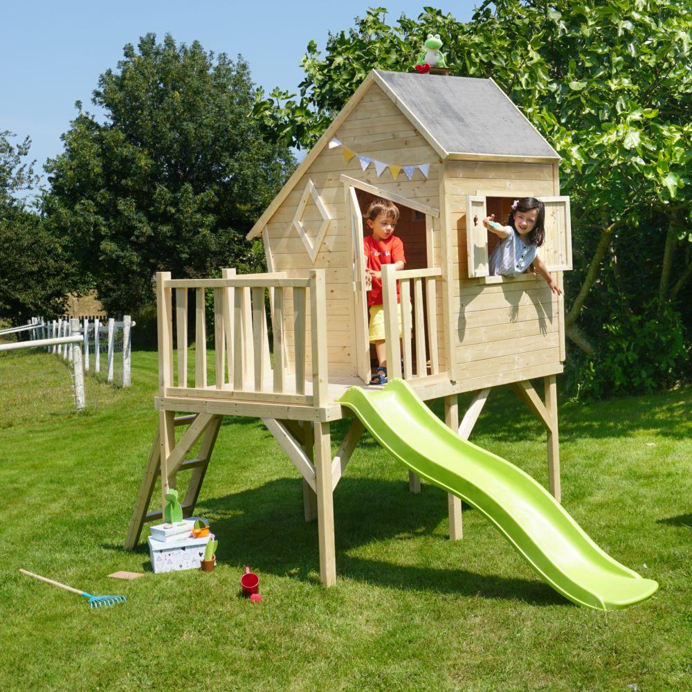 Maisonnette enfant bois sur pilotis avec toboggan - Lully